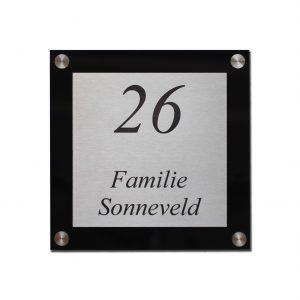 Naambord zwart Plexiglas met RVS 20x20cm