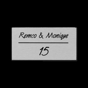 RVS naamplaatje 11x5,5 cm zelfklevend