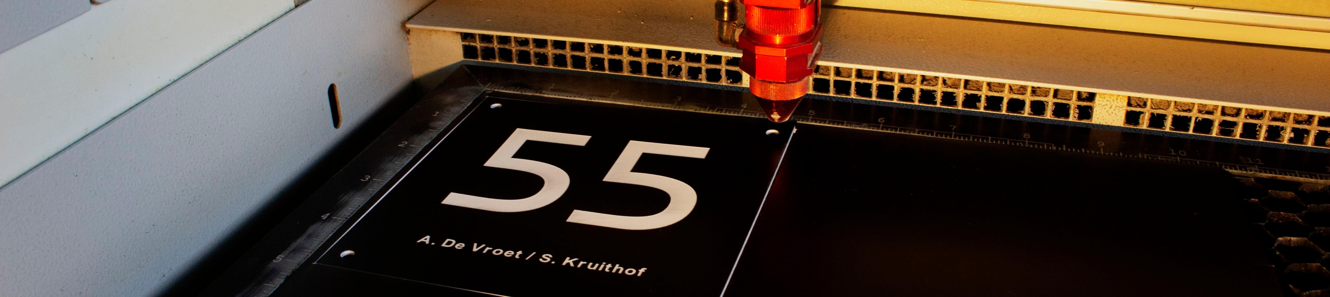 nummerbordjes maken
